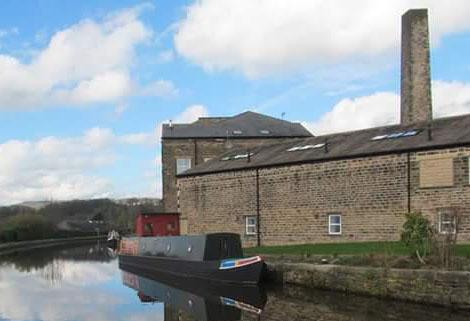 between Crossflats and Silsden on Leeds & Liverpool Canal