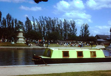 Springer Narrowboat Nyzark