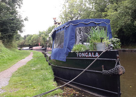 salad garden on front of narrowboat