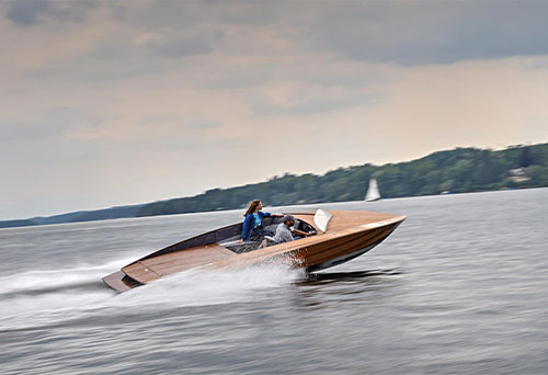 electric speeding boat