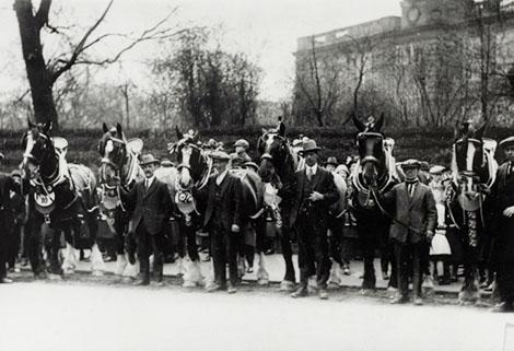 Horse Parade, 1925