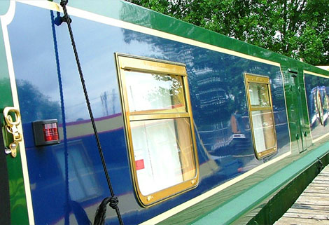 Rylard Paints side of narrowboat
