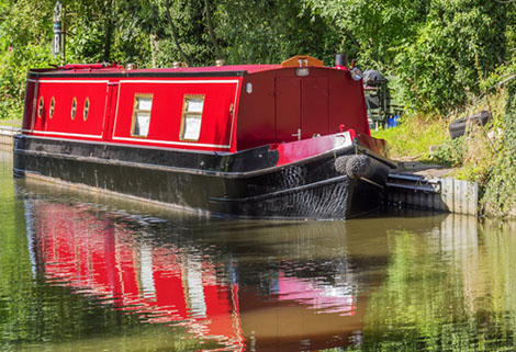red narrow boat Rylard Paints