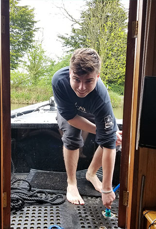 filling with water on a narrowboat