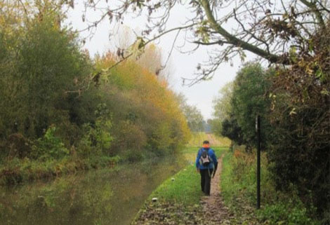 On the Chesterfield Canal