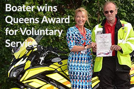 Simon Woolen wins award.